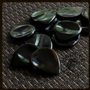 Groove Tones - Black Horn - 1 Guitar Pick | Timber Tones